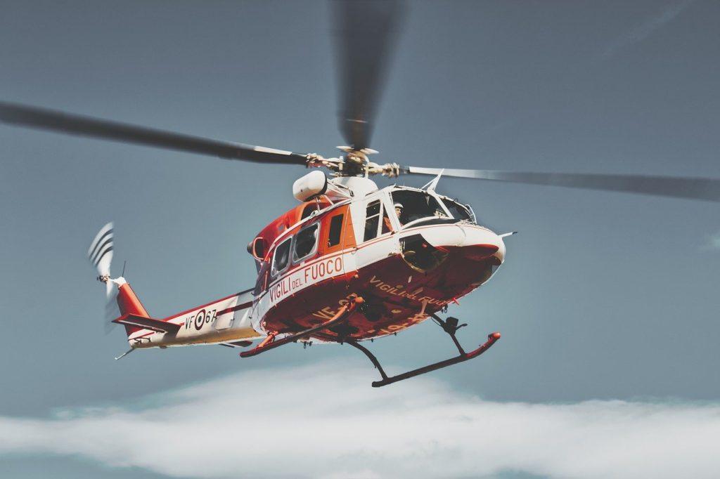 ヘリコプターで回転する担架に見る駿河問いの威力